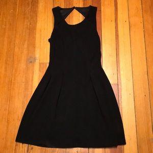 Elle Size 6 Little Black Dress